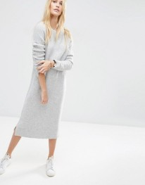 http://www.asos.fr/asos/asos-robe-pull-mi-longue-en-laine-melangee/prd/6301054?iid=6301054&clr=Grischin%C3%A9p%C3%A2le&SearchQuery=robe%20pull&pgesize=36&pge=0&totalstyles=495&gridsize=3&gridrow=1&gridcolumn=1
